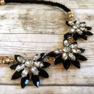 Jewelry - Statement Necklace Gold Plated Flower Design